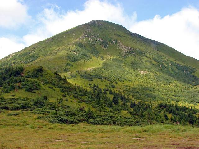 Високі гори України. Гора Петрос
