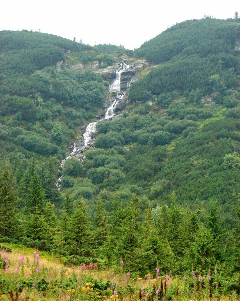 Прутський водоспад