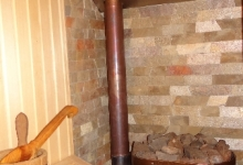 піч всередині парної кімнати на яку можна полити водички із різними ароматами